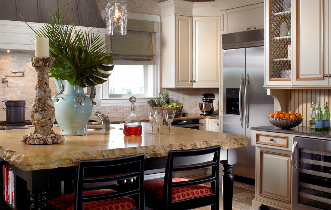 custom-kitchen-cabinetry-2