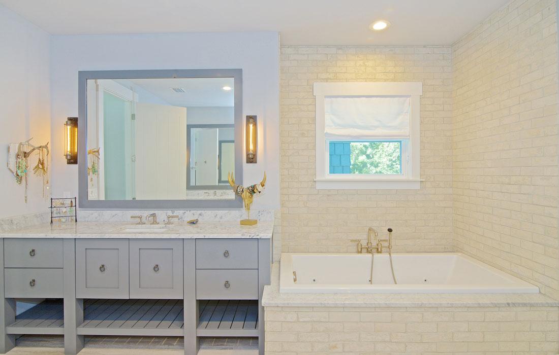 custom-bathroom-cabinetry-8