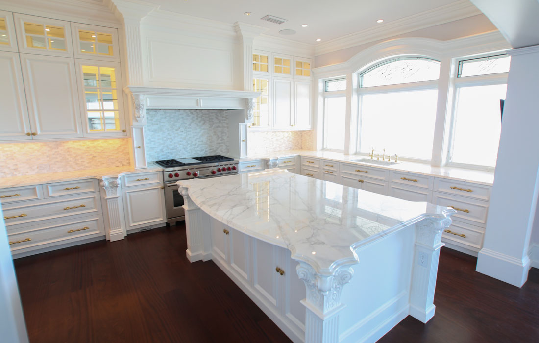 custom-kitchen-cabinetry-10