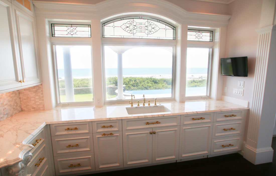 custom-kitchen-cabinetry-11
