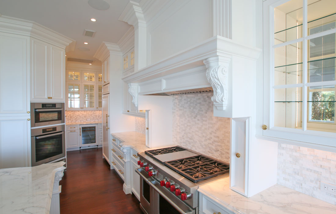 custom-kitchen-cabinetry-13