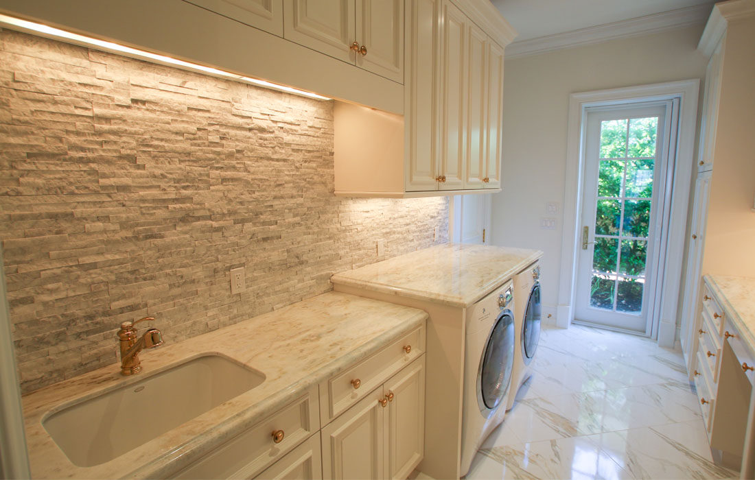 custom-laundry-rooms-and-mud-rooms-1